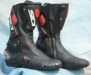 Boots - webBikeWorld
