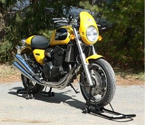 Triumph Thunderbird Sport on motorcycle front stand