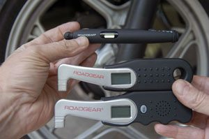 Roadgear Tire Pressure Gauge Size Comparison