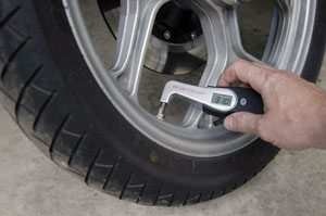 Roadgear digital tire pressure gauge