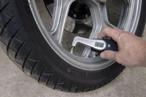 Roadgear digital tire pressure gauge