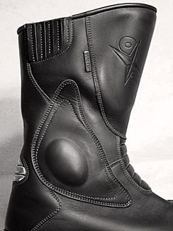 Oxtar Matrix Boots, Side View