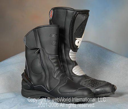 Setup Pegaso Vented Boots vs. Oxtar TCS Sport