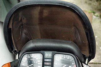 K75S windshield wind block system