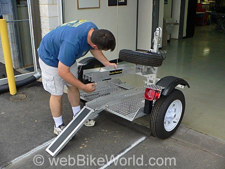 Assembling the Rocket Folding Motorcycle Trailer