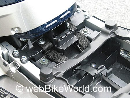 Tank bag rear mount