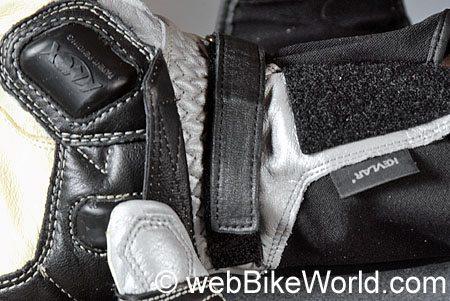 Teknic Speedstar Gloves - Wrist Strap