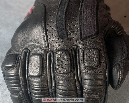 Alpinestars Sledge Gloves - Close-up of Knuckles