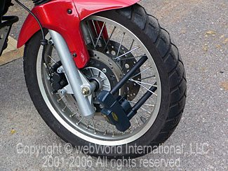Motorcycle Wheel Lock on Triumph Tiger