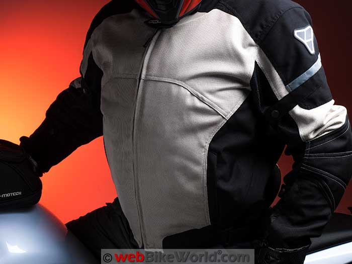 Pilot Direct Air Jacket V3 On Bike