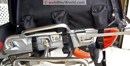 Marsee ZIPP Bag - Detail of mounting on luggage rack