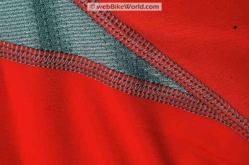 Under Armour HeatGear Metal T-shirt - Close-up
