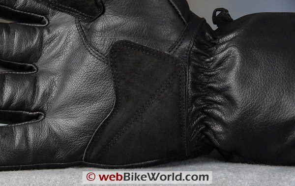 Orina 118 Motorcycle Gloves - Close-up of Palm and Abrasion Wear Point