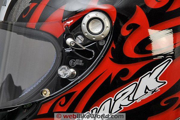 Shark RSX Helmet - Visor Removal System