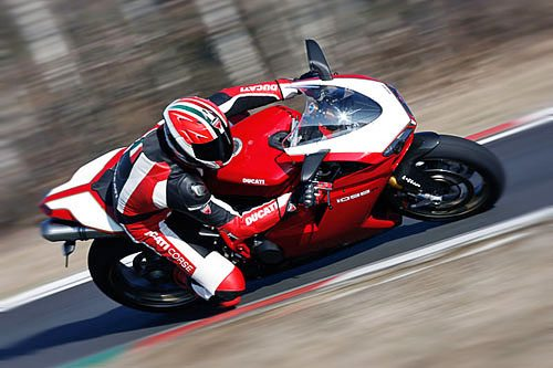 Ducati 1098 R - On Track