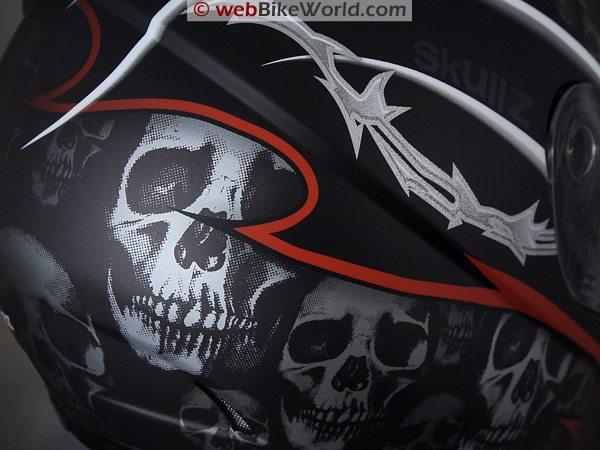 """SparX S-07 Helmet """"Skullz"""" Graphic"""
