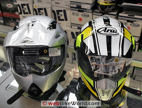 Zeus ZS-2100 B Helmet (left); Arai XD3 (right)
