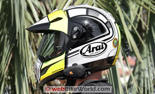 Cardo Scala Ridre Q2 On Helmet