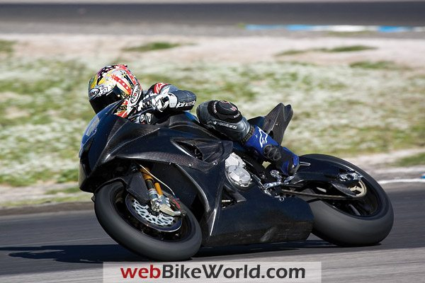 BMW S 1000 RR - On the Track