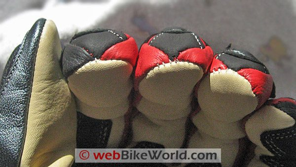 BMG Rapido Gloves - Fingertip Stitching