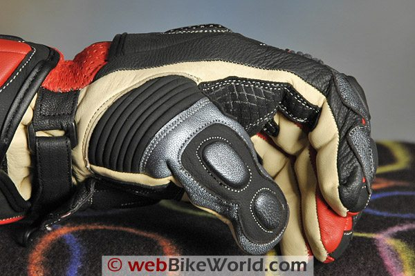 BMG Rapido Gloves - Thumb