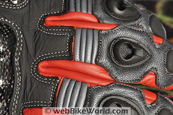 BMG Rapido Gloves - Stitching Close-up