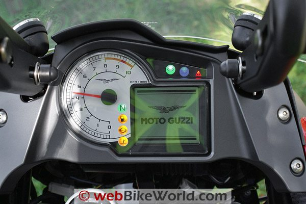 Moto Guzzi Stelvio - Dashboard and Instruments