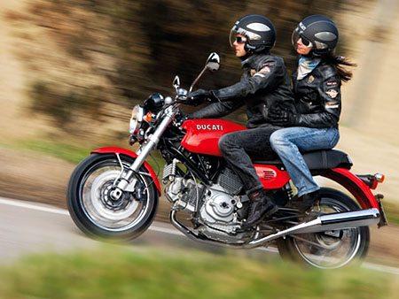 Ducati GT1000 in Red