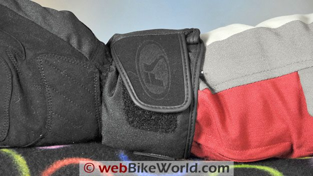 Fieldsheer Aqua Sport Gloves - Gauntlet