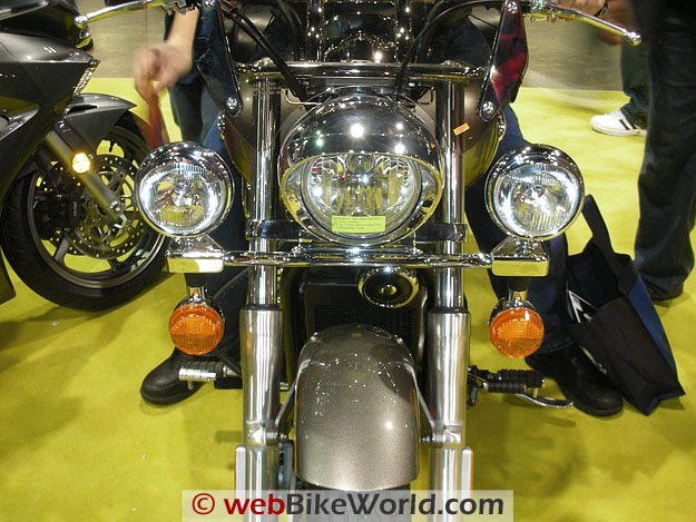Motorcycle driving lights webbikeworld motorcycle driving lights on light bar mounted on motorcycle aloadofball Gallery