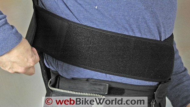 Forcefield Pro Sub 4 - Two level waist belt adjustment