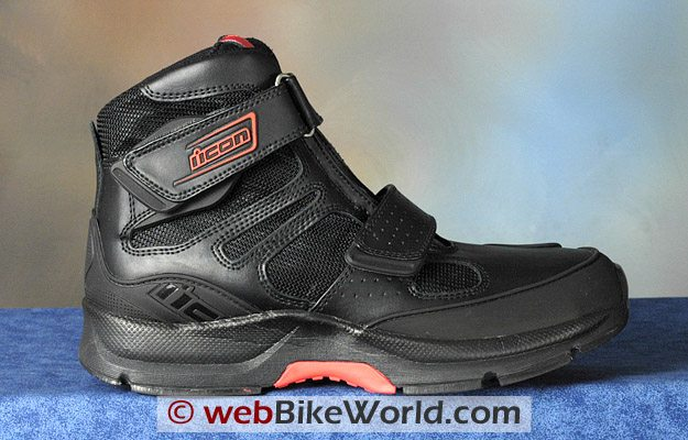 Icon Tarmac boots, outside view.