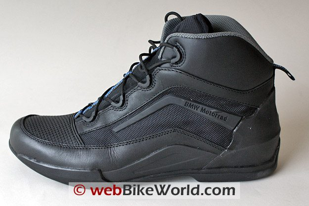 bmw street sneaker boots review webbikeworld. Black Bedroom Furniture Sets. Home Design Ideas
