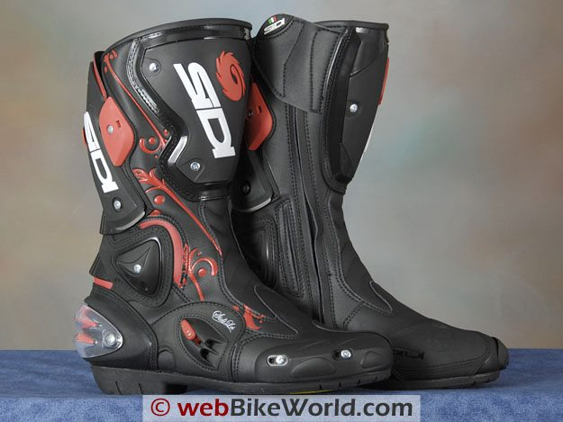 Sidi Vertigo Lei Boots Close-up