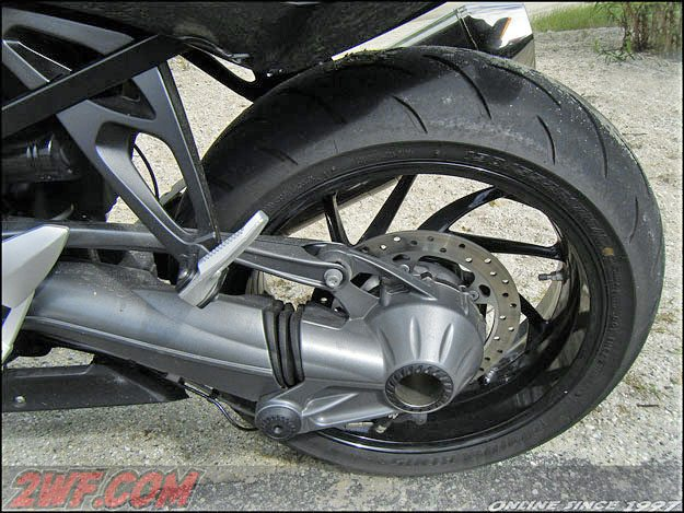 BMW K 1300 S - Rear Wheel and Shaft Drive