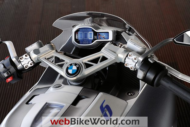 BMW Motorrad Concept 6 - Instruments and Dashboard