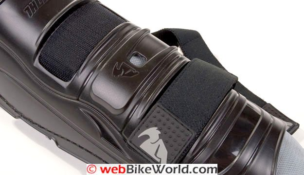 Thor Knee Guards - Quadrant knee guard straps closeup