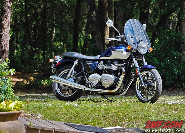 2009 Triumph Bonneville SE Windshield