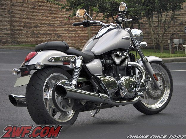 2010 Triumph Thunderbird - Right Rear