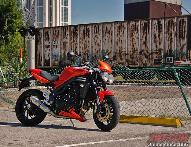 Triumph Speed Triple in the City