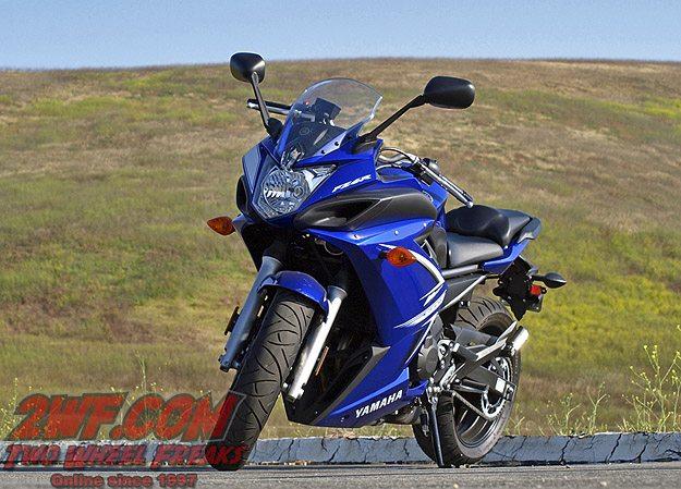 Yamaha FZ6R - Front View