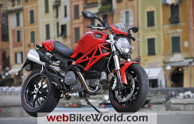 Ducati Monster 796 - Right Side View