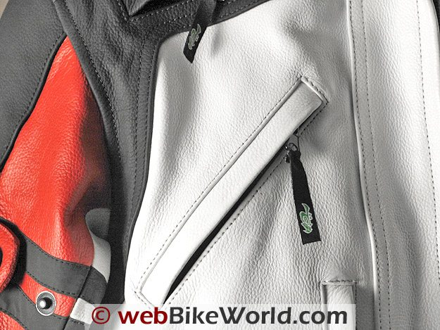 Front vent at upper chest and details of the leather graining on the Camino jacket.