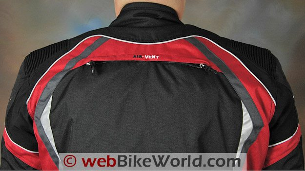 Dual air vent in the rear of the AGV Sport Tempest jacket.