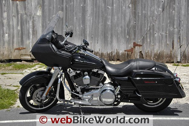 Harley-Davidson Road Glide Custom - Left Side