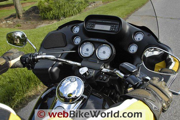 Harley-Davidson Road Glide Custom - Cockpit