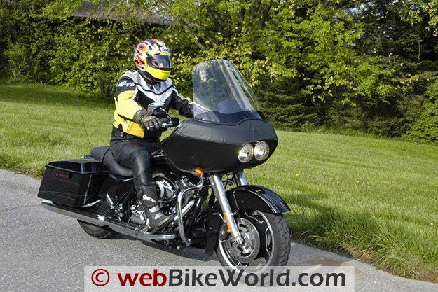 Harley-Davidson Road Glide Custom - Rider
