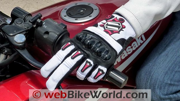 Shift RPM Gloves - On Handlebar