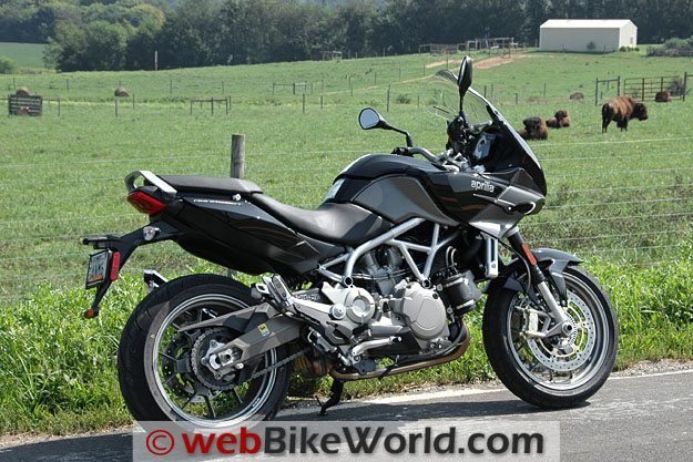 Aprilia Mana 850 GT - Right Side