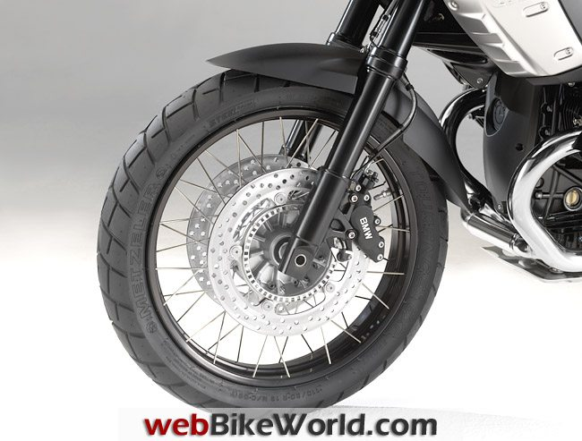 BMW R 1200 GS Triple Black, Front Wheel